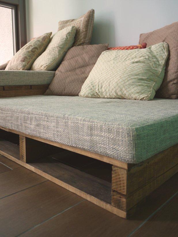 interieur changer ses housses de coussins de canap confection de housses de canap indoor. Black Bedroom Furniture Sets. Home Design Ideas